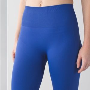 lululemon athletica Pants - EUC Lululemon Zone In Tights - Sz 8, Sapphire Blue